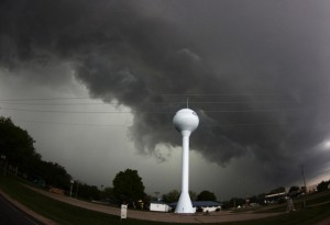 tornado-v-ssha-23-14-990x678