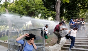 Clashes in Istanbul during a protest