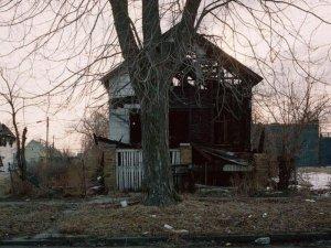 1300978296_detroit_homes_32
