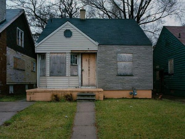 1300978298_detroit_homes_25