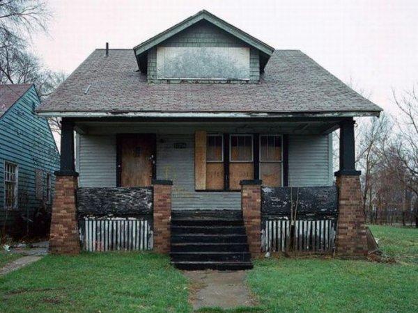 1300978301_detroit_homes_22