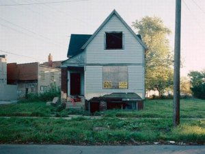 1300978337_detroit_homes_17