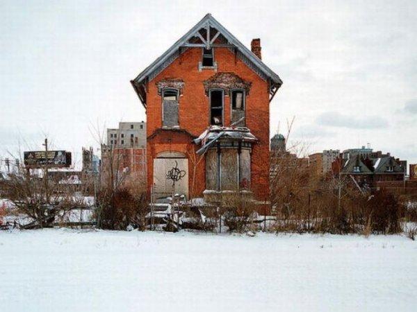 1300978346_detroit_homes_19