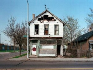 1300978351_detroit_homes_38