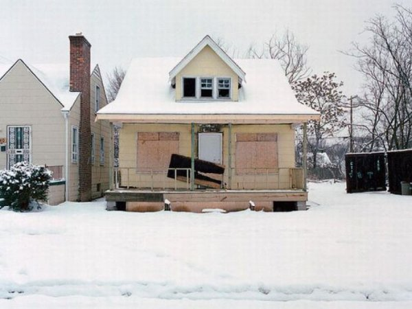 1300978354_detroit_homes_27