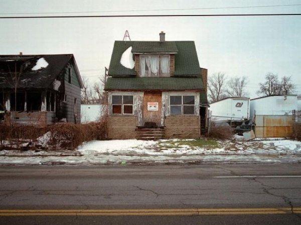1300978365_detroit_homes_36