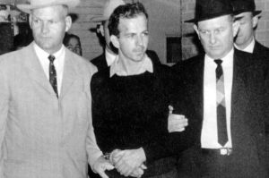 Lee-Harvey-Oswald-2710501