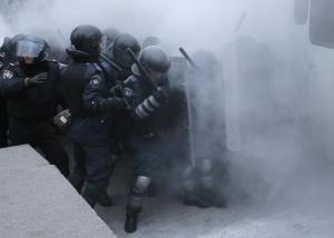 Pro-EU-Ukrainians-protest-in-Kiev-pixanews-2