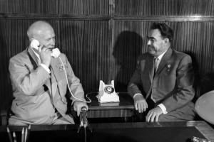 Никита Хрущев и Леонид Брежнев, 1962 год