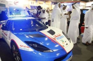 new_ambulances_in_dubai_are_some_of_the_top_luxury_cars_640_03