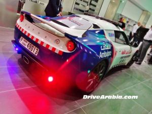 new_ambulances_in_dubai_are_some_of_the_top_luxury_cars_640_10