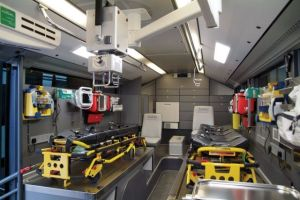 new_ambulances_in_dubai_are_some_of_the_top_luxury_cars_640_26