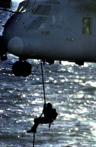 us_navy_seals_640_07