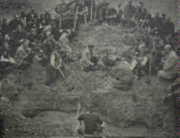 Разкопаване гроба на Александър Стамболийски през 1946 г.