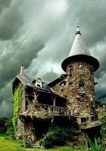 Къща на призраците 33