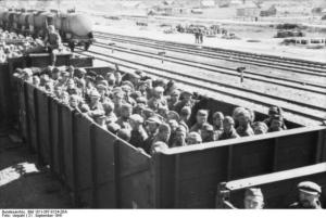 Съветски военнопленници russland_transport_sowjetischer_kriegsgefangener_in_guterwagen