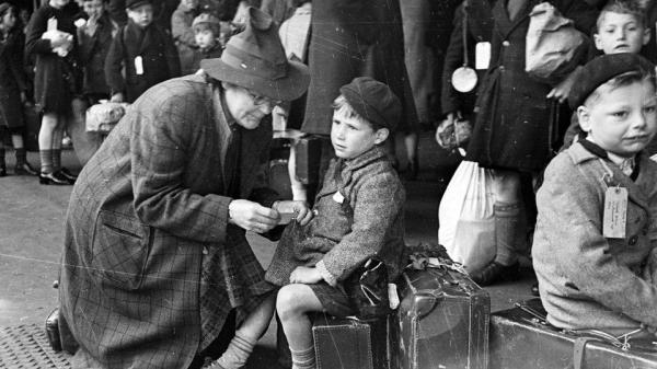 world-war-2-pictures-of-children-i14