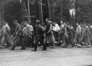 Зверства фашисти преместват концлагеристи Германия orig
