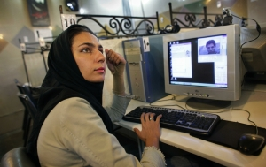 Iran_Internet_Clamp_418599a