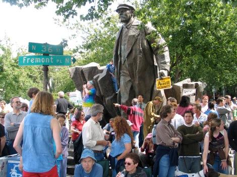 Ленин Сиатъл lenin-statue-1