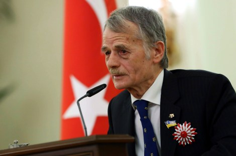 "Prominent Crimean Turkish Tatar political leader and member of the Ukrainian parliament Mustafa Dzhemilev, aka ""Kirimoglu"", delivers a speech after receiving Turkey's Order of The Republic by the Turkish president during a ceremony in Ankara on April 15, 2014. AFP PHOTO/ADEM ALTAN"