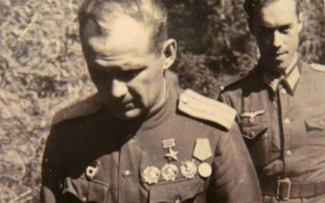 Николай Власов, летец