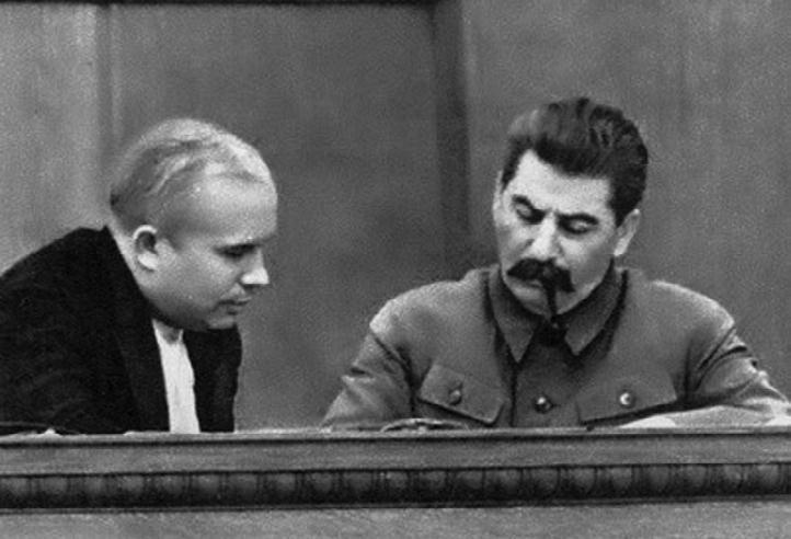Хрушчов и Сталин d3