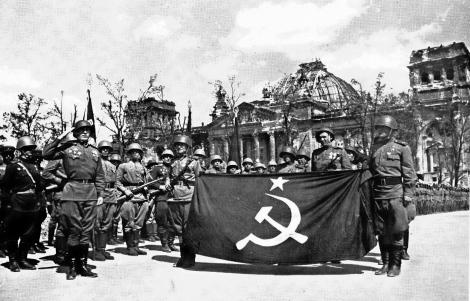 Знаме на Победата parad