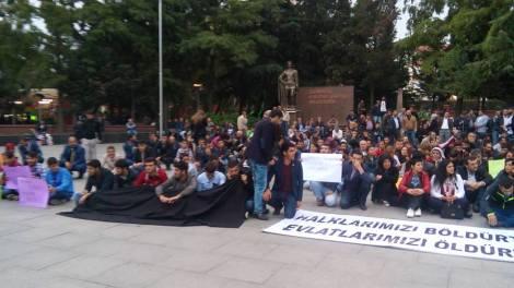 Турция протести комунисти 43_n